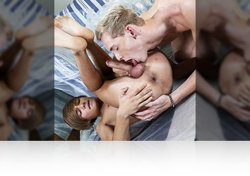 Saturday, October 31st: Newcomer In Prague Gives Horny Local A Hard Fuck & Jizzy Ass! (Mirror Scene #1) HD