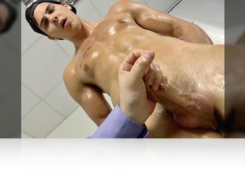 Sunday, March 5th: Massage - Handjob - Cumshot