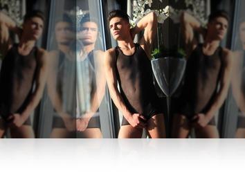 Friday, September 14th: Mauricio twink model