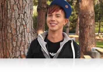 Saturday, December 8th: 8Teenboy - Kyler Ash Interview